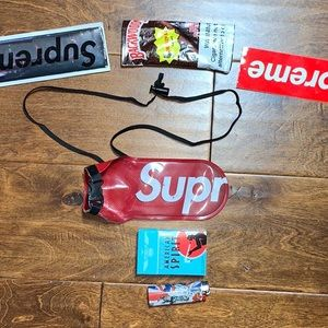 Supreme Seal Line Water Proof Pouch Small spellout